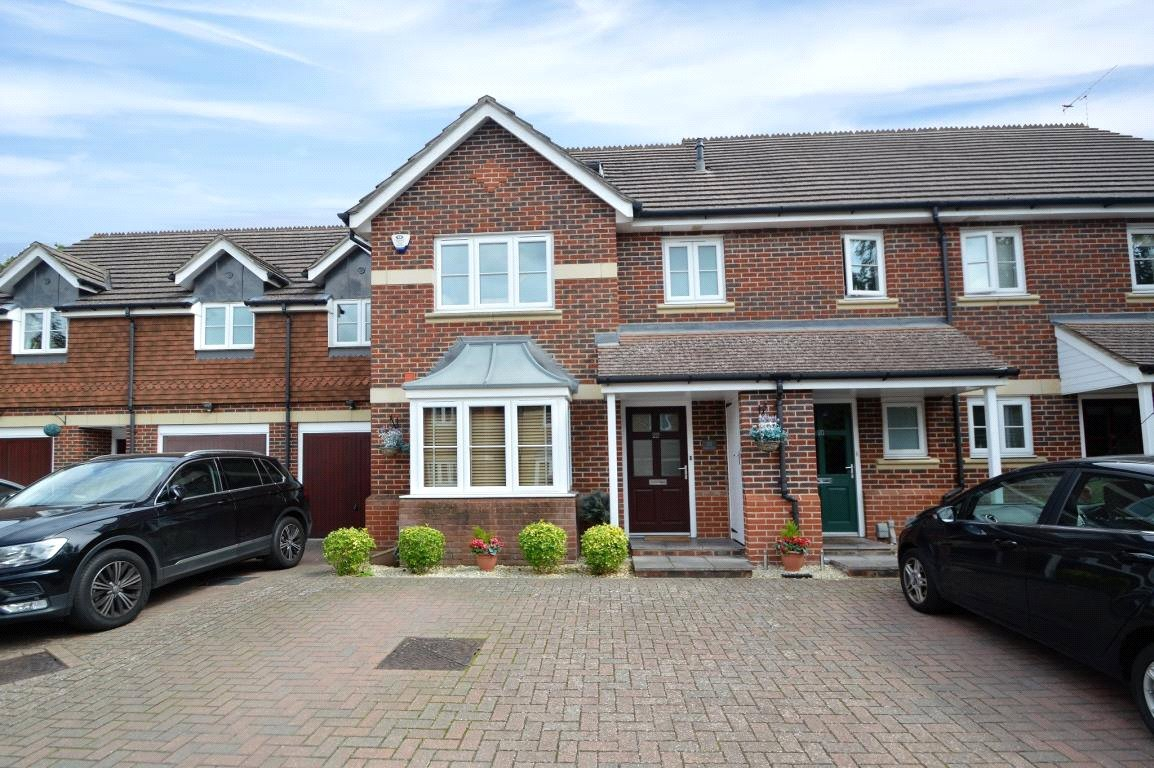Property for sale | 4 Bedroom Terraced House property in Wokingham, Wokingham, RG40 |  |