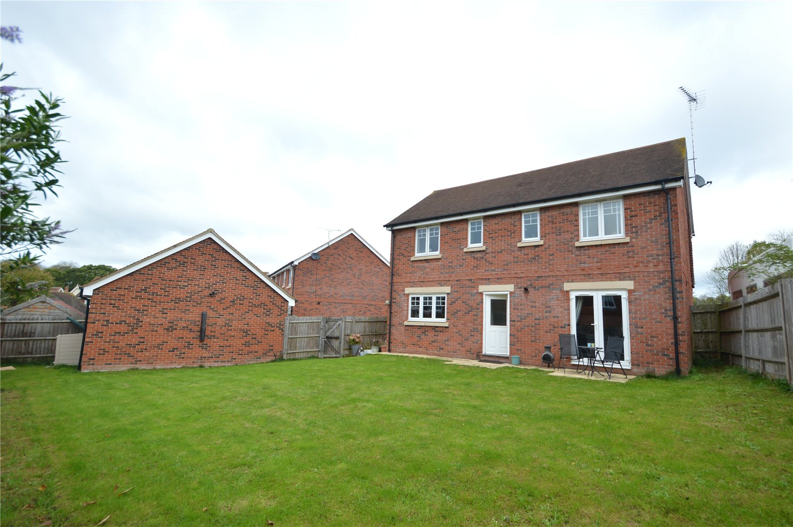 Property for sale | 4 Bedroom Detached House property in Wokingham, Wokingham, RG40 |  |