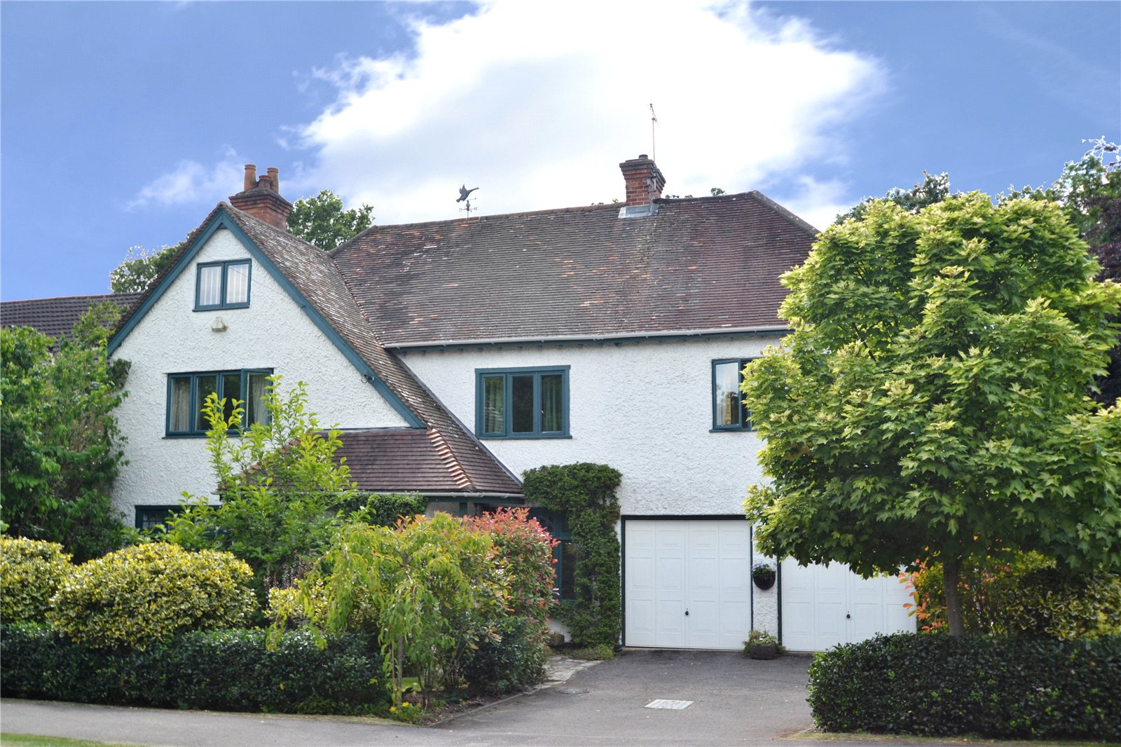 Property for sale | 5 Bedroom Detached House property in Crowthorne, Berkshire, RG45 |  |